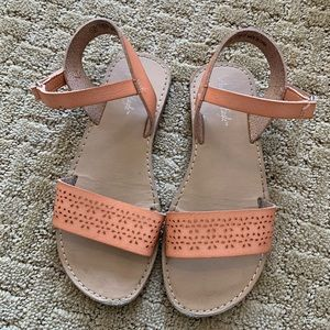 Girls American Eagle sandals